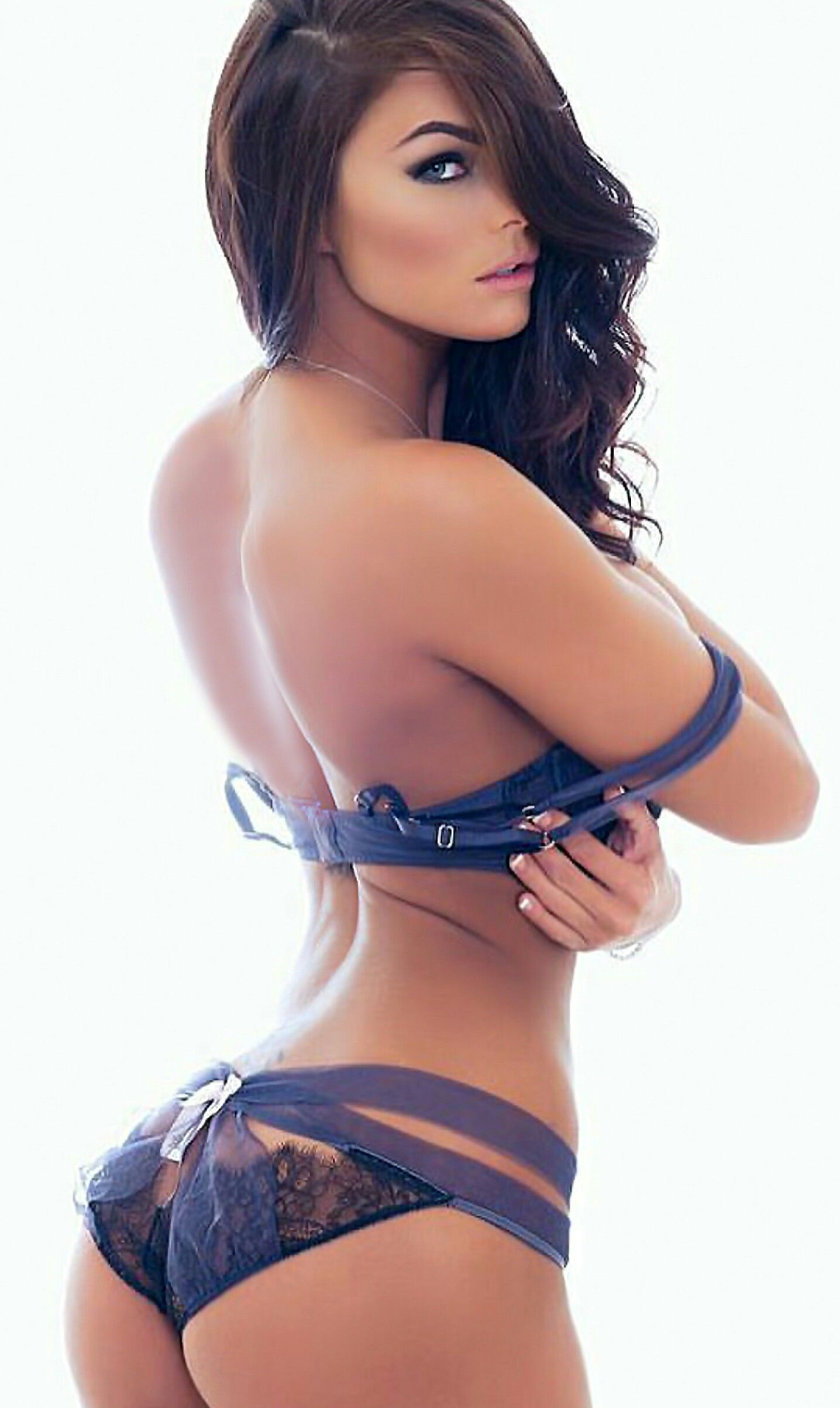 hot curvy women
